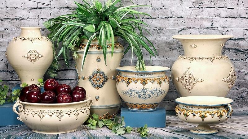How to Integrate Ceramics into Your Decor?